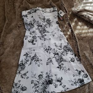 NEW Teeze Me strapless floral dress